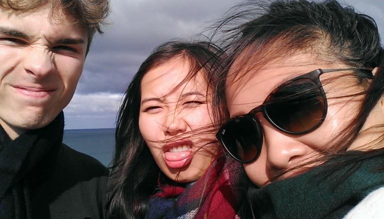 Bit windy